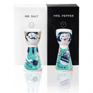 Mr. Salt & Mrs. Pepper Salz- und Pfefferstreuer-Set von Dominika Przybylska